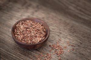 Ernährung in der Stillzeit: Leinsamen sind eine perfekte Ergänzung!